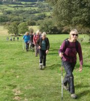 cotswold-way-walkers